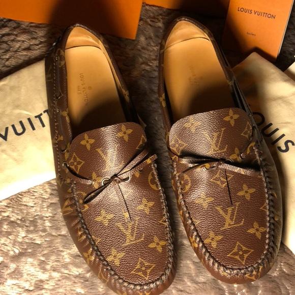 f6634de3f4a Brand New Louis Vuitton Arizona Moccasins!